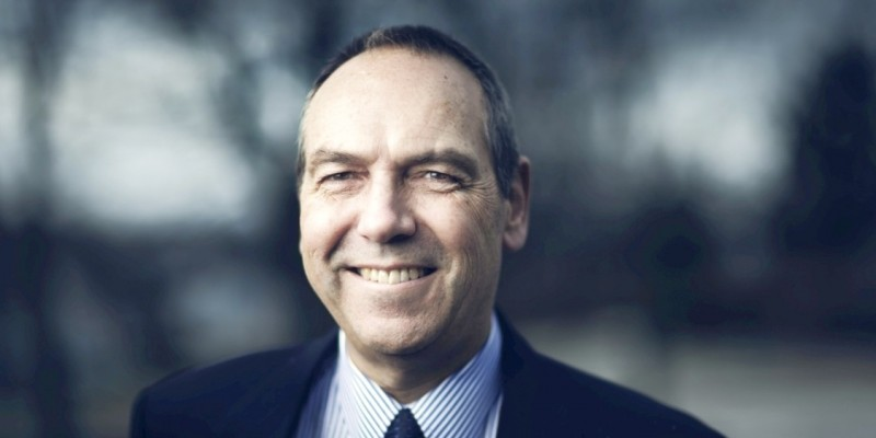 Dr. Richard Marceau, vice-president (research)