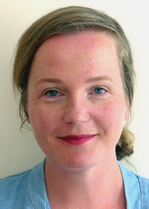 Dr. Julia Christensen